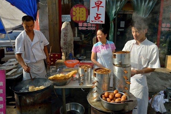 Breakfast stand in the hutongs