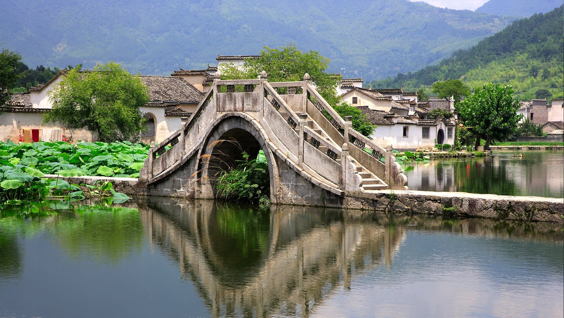 Huizhou Village Architecture~Apart from its practical uses for washing, drinking and food preparation, water plays a symbolic role in Huizhou architecture. Its collection, whether in an ornamental pond between the rooves of a courtyard house or outside a village, was considered a store of good fortune.
